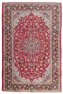 Alfombra persa, 1960. Medidas: 378 x 255 cm