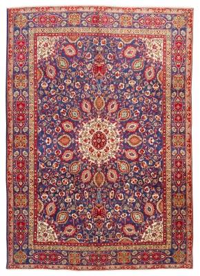 Alfombra persa, 1960. Medidas: 358 x 248 cm