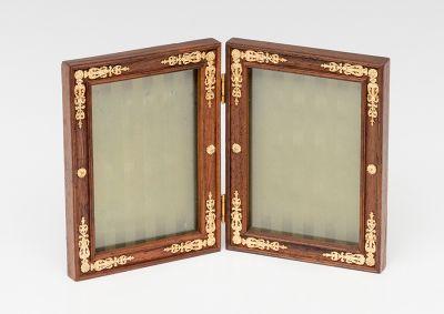 Porta- Retrato doble; Francia, finales del siglo XIX.