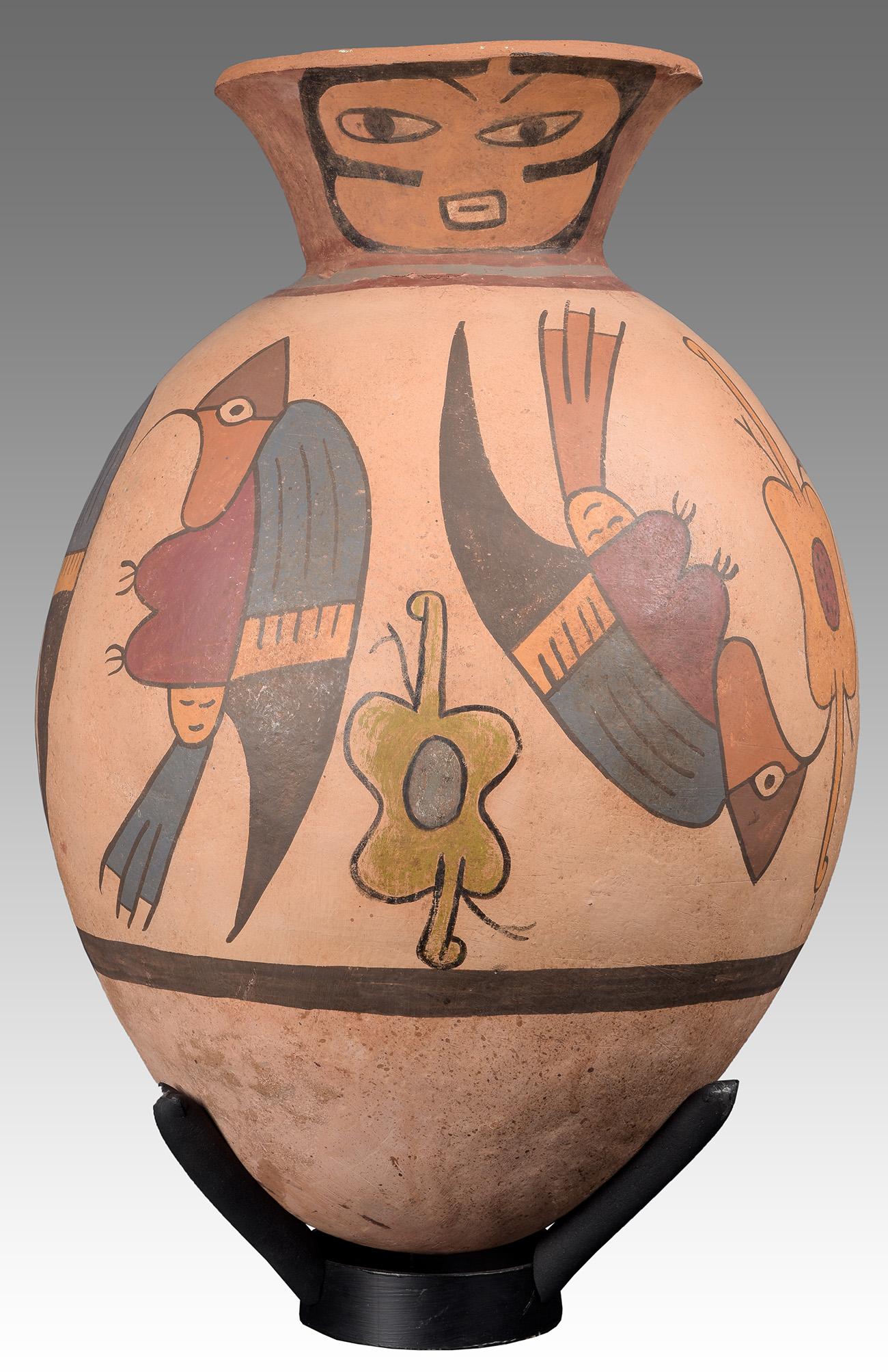 Gran vasija. Periodo de transición Nazca-Huari