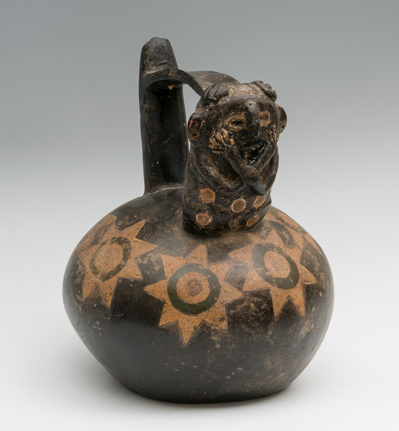 Huaco figurativo de la cultura Paracas; Perú, 700-300 a.