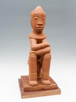Personaje sedente; Nigeria,  Cultura Nok (siglos I a.