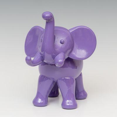 """""""Elefante morado"""". dEmo""""; ELADIO DE MORA"""
