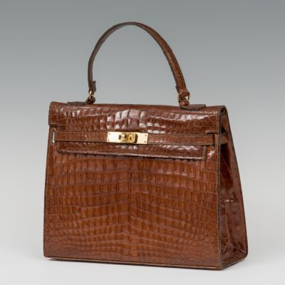 Vintage Bag, 1960sSkin.It shows slight marks of use.
