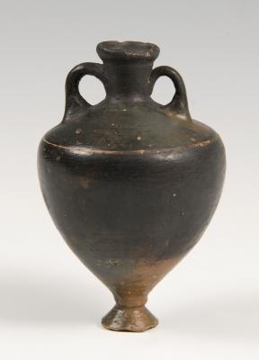 Ánfora; Apulia, Magna Grecia, siglo IV a. C