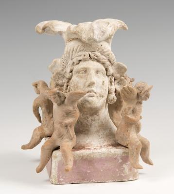 Busto femenino; Canosa, Campania, siglos IV- III.