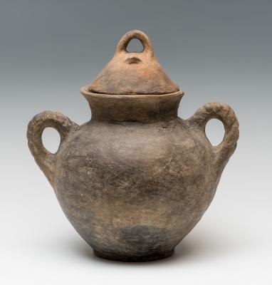 Urna funeraria etrusca del siglo VII a. C