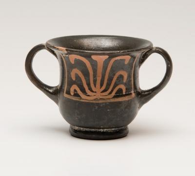 Ánfora en miniatura; Magna Grecia, Apulia, siglo IV a.
