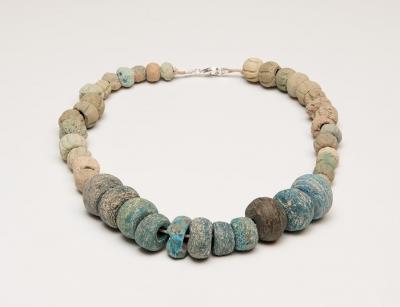 Collar. Cuenca oriental mediterránea, siglos II-III a.