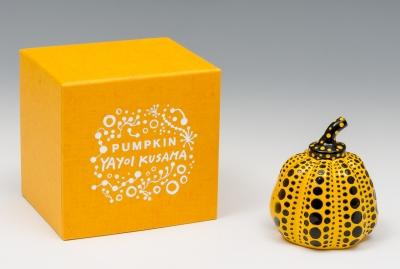 """""""Pumpkin"""", 2013. YAYOI KUSAMA"""