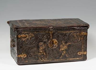 Arqueta colonial del siglo XVII.