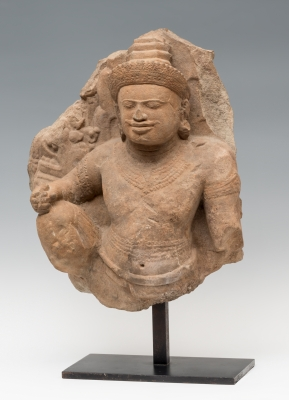 Relieve con deidad; Cultura Khmer, Camboya, periodo Ang