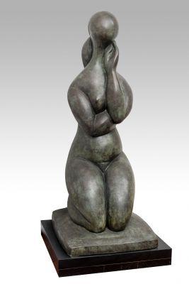 """BALTASAR LOBO CASQUERO (Cerecinos de Campos, Zamora, 1910 – París, 1993). """"Penseur Agenoullée"""", 1986."""