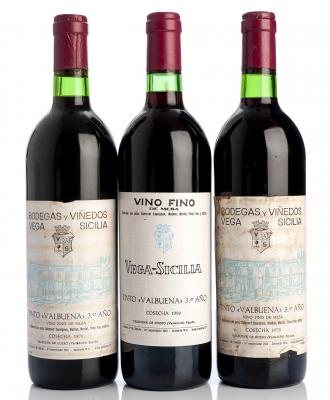 Tres botellas de Vega Sicilia Valbuena 3º, 1978, 1979, 1980 .