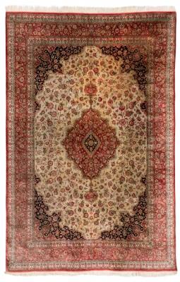Alfombra Ghom, siglo XX. Seda y lana