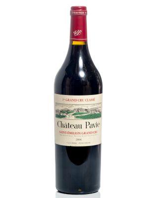 Una botella de Château Pavie 2006.