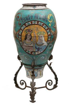 DANIEL ZULOAGA  (Madrid, 1852 – Segovia, 1921)  Y TALLER. Orza de Cantalapiedra con los Reyes Catolicos; Serie neo- renacentista España,.