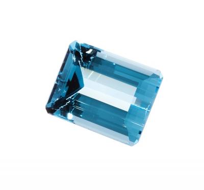 Topacio Swis Blue natural, color azul intenso y profund