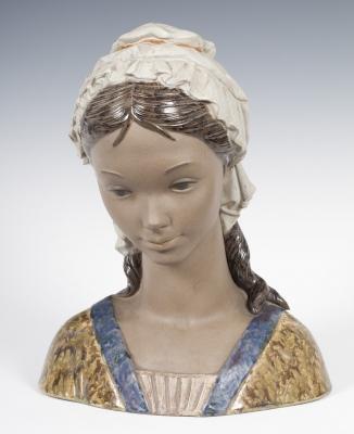 """Busto femenino"" Figura de LLADRÓ. Tabernes Blanques, V"
