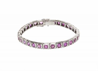 Bracelet made of 18 kts white goldWeight: 24 grsMeasures: 6 x 157 mm (front)..